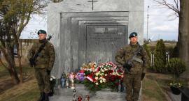 Obchody 9. rocznicy katastrofy smoleńskiej w Ciechanowie [zdjęcia]