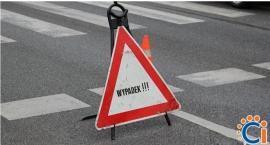 Groźne zdarzenie w Ciechanowie. 6-latek wjechał rowerem pod koła samochodu