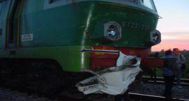 Fiat Sienna kontra pociąg !