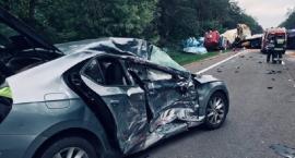 Trzy ciężarówki i osobówka zderzyły się pod Glinojeckiem [zdjęcia]