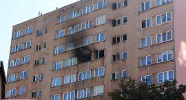 Nawet 300 tys. zł strat po pożarze w wieżowcu. Zginął w nim 40-latek
