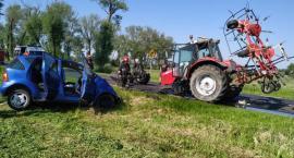 Zderzenie ciągnika z Mercedesem - ustalenia ciechanowskiej policji