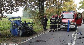Tragiczny wypadek na drodze Ciechanów-Przasnysz: Nie żyje 22-latek (zdjęcia)
