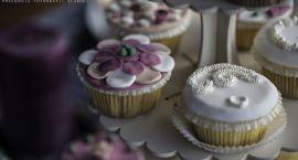 Porady ślubne: Jak przygotować tematyczny słodki stół?