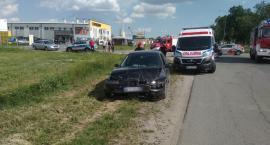 Toyota i Seat zderzyły się na skrzyżowaniu [zdjęcia]
