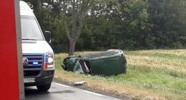 Dwie osoby ranne w wypadku na drodze Ciechanów-Glinojeck [zdjęcia]