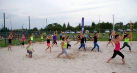 Ciechanowianie wzięli udział w zajęciach Fitness na Plaży (fotorelacja)