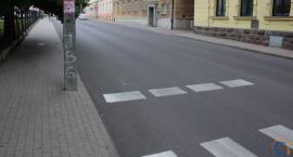 Wasze Info: Pieszy nie widzi samochodów, a kierowca pieszego [zdjęcia]