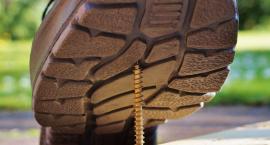 Jak wybrać odpowiednie męskie obuwie robocze?