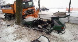 Zderzenie Opel Astra z pługiem śnieżnym ! 1 osoba nie żyje.