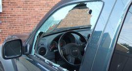 Nie zostawiaj wartościowych przedmiotów w samochodzie