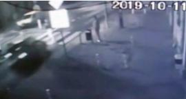18-latek zginął na pasach. Sprawca uciekł, następnego dnia zgłosił się na policję