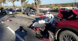 Mazda uderzyła w Mercedesa