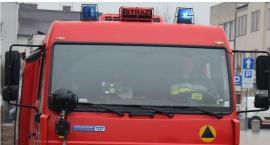 Pożar w Ciechanowie. Audi zapaliło się podczas jazdy