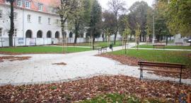 Nowe oblicze Placu Piłsudskiego w Ciechanowie [zdjęcia]