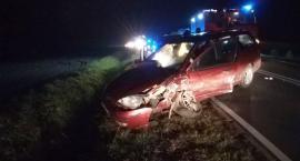 Nietrzeźwy kierowca doprowadził do zderzenia osobówek pod Ciechanowem