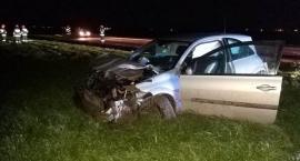 Renault dachowało w Ciechanowie. Kierowca był pijany [zdjęcia]