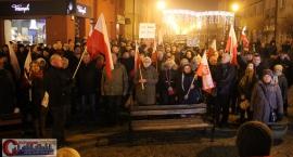 Opozycja manifestowała w Ciechanowie (wideo/zdjęcia)