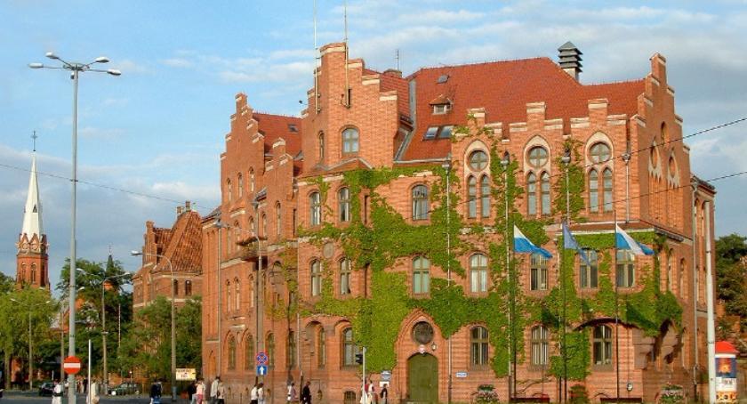 Rada Miasta, Ranking popularności Sprawdź toruńska radna zdecydowanym numerem jeden! - zdjęcie, fotografia