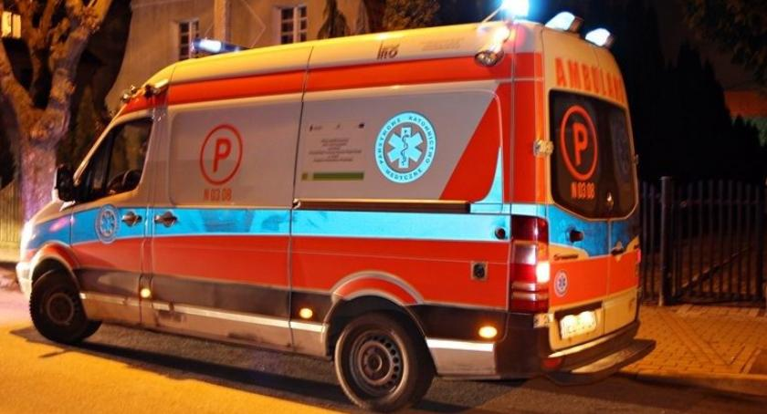 Straż Miejska, Kompletnie pijana nastolatka trafiła szpitala! - zdjęcie, fotografia