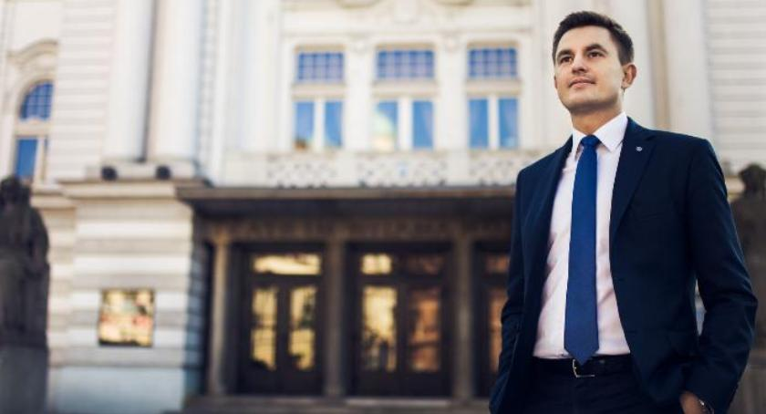 Opinie, Arkadiusz Myrcha Polska ustroju przejściowym[FELIETON] - zdjęcie, fotografia