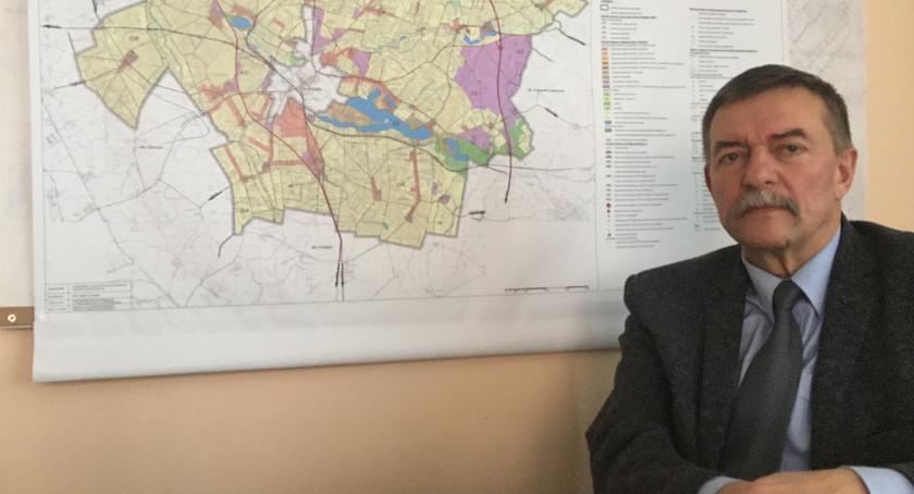 Inwestycje, Jacek Czarnecki Ludziom zależy najprostszych sprawach - zdjęcie, fotografia