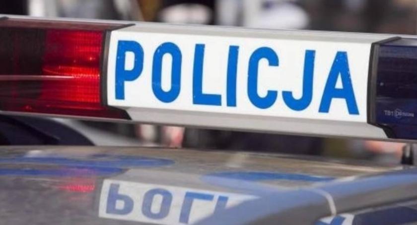 Wypadki, Śmiertelny wypadek Toruniem Policja prosi pomoc! - zdjęcie, fotografia