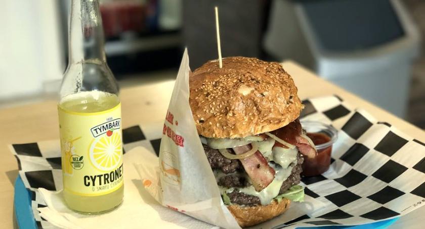 Relaks, Dlaczego dobrego burgera trzeba poczekać - zdjęcie, fotografia