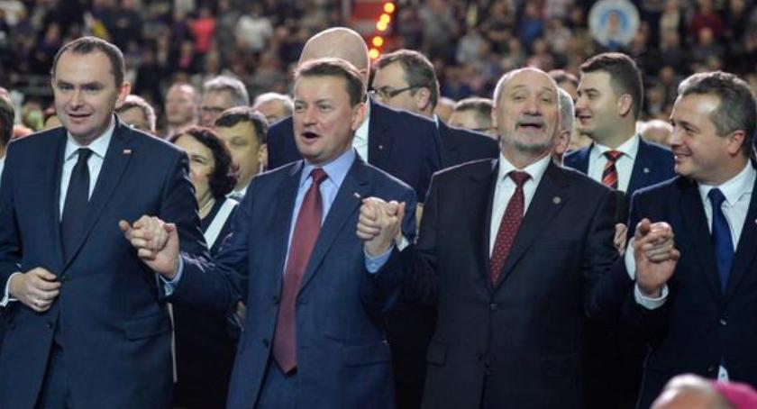 Religia, Ojciec Rydzyk zorganizuje Toruniu kolejne duże imprezy - zdjęcie, fotografia