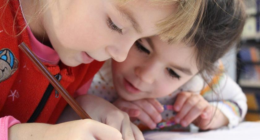Szkoły i licea, Ferie gminie Lubicz świetlic zapełni dzieciom - zdjęcie, fotografia