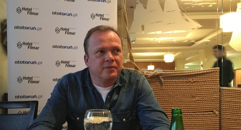 Rozmowy, Mariusz Sidorkiewicz żyję napięciu - zdjęcie, fotografia