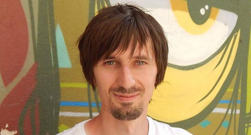 Opinie, Tomasz Markiewka obchodzi praca [FELIETON] - zdjęcie, fotografia