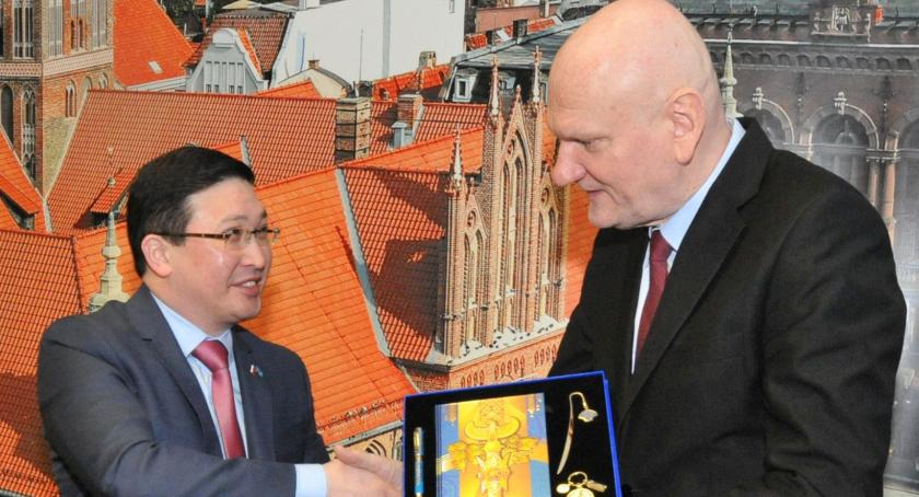 Prezydent Torunia, Ambasador Kazachstanu odwiedził prezydenta Zaleskiego - zdjęcie, fotografia