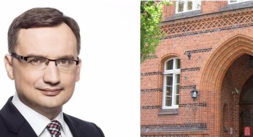 Partie Polityczne, Ziobro wymienił sędziów Toruniu jednak myśli Rydzyka… - zdjęcie, fotografia