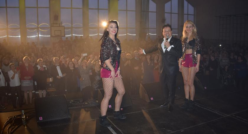 Koncerty, Francesco Napoli zawiódł Wspaniałe Święto Kobiet Lubiczu! [FOTO] - zdjęcie, fotografia