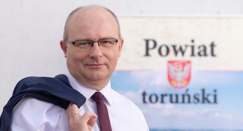 Powiat toruński, Mirosław Graczyk Władza starosty zaczyna granicami Torunia - zdjęcie, fotografia