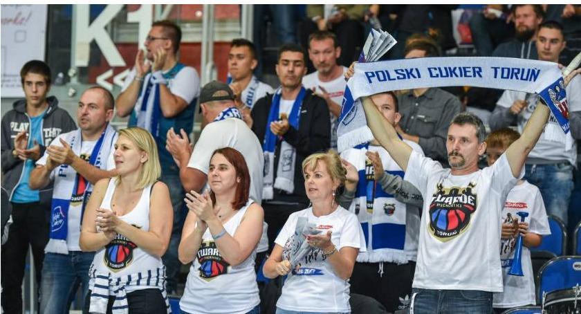 Koszykówka, Przed najważniejsze derby Polsce Arenie Toruń - zdjęcie, fotografia