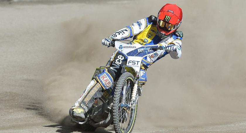 Get Well Toruń, Motoarena szczęśliwa zwycięstwie zadecydował ostatni wyścig - zdjęcie, fotografia