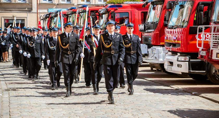 Powiat toruński, przebiegało Powiatowe Święto Strażaków Chełmży [FOTO] - zdjęcie, fotografia