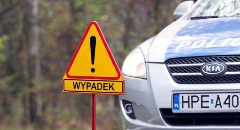 Wypadki, Samochód potrącił letnią dziewczynkę Toruniu - zdjęcie, fotografia
