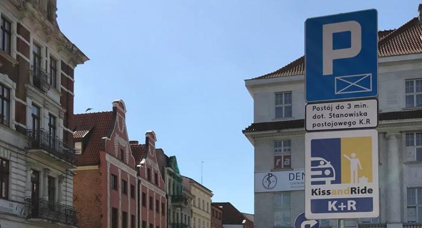 Inwestycje, Toruniu powstało kolejne miejsce Kiss&Ride [FOTO] - zdjęcie, fotografia