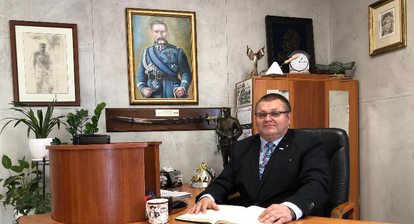 Inwestycje, Jacek Rutkowski Warto dzielić sukcesem zyskiem - zdjęcie, fotografia