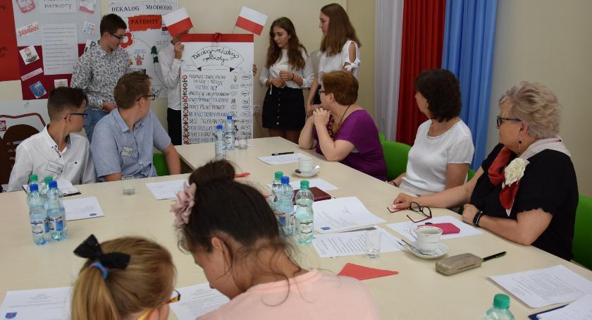 Szkoły i licea, Niecodzienna sesja Gminy Lubiczu - zdjęcie, fotografia