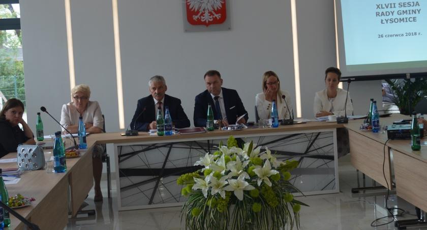 Komunikaty, Gmina Łysomice przyjrzała budżetowi poprzedni opinia radnych - zdjęcie, fotografia
