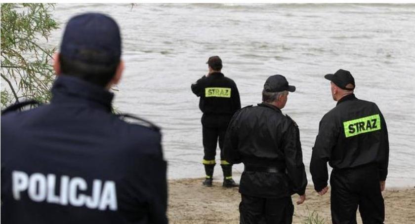 Osoby zaginione, Policja ustaliła czyje zwłoki wyłowiono wtorek Wisły - zdjęcie, fotografia