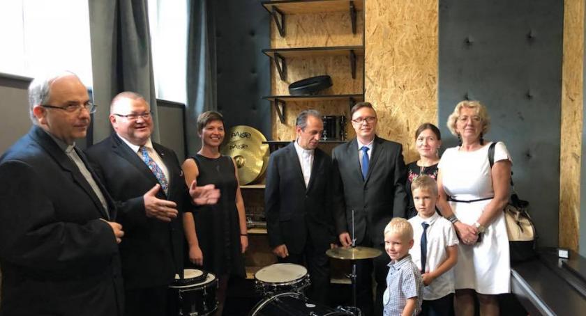 Szkoły i licea, rozpoczęcie szkolnego szkole muzycznej Górsku - zdjęcie, fotografia