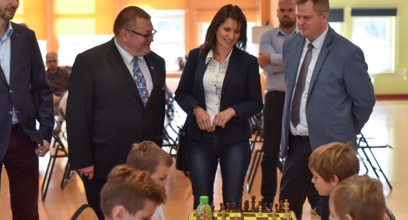 Inne dyscypliny, Młodzi następcy Kasparowa rywalizowali Łochowie [FOTO] - zdjęcie, fotografia