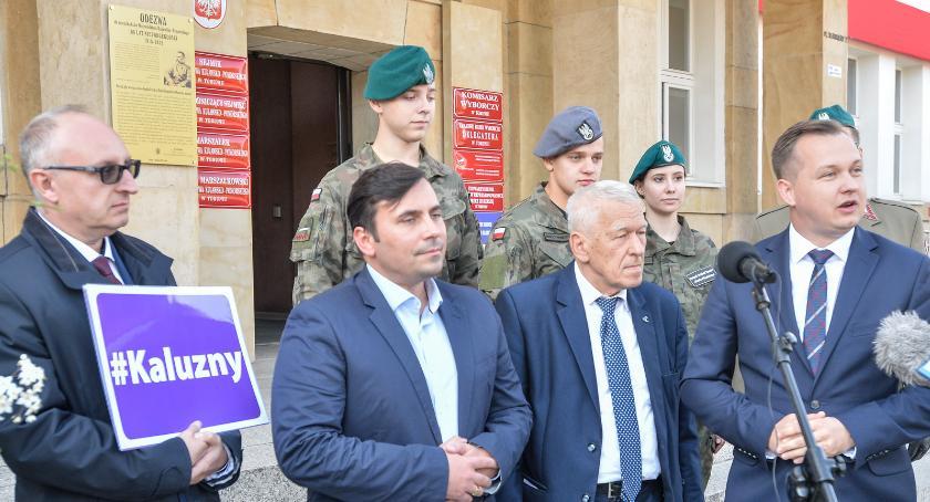 Partie Polityczne, Morawiecki poparł Mariusza Kałużnego wyborach sejmiku województwa [FOTO] - zdjęcie, fotografia