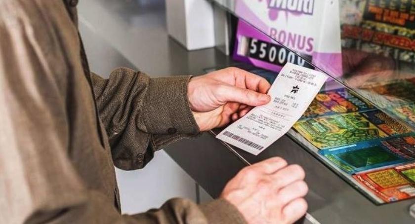 Komunikaty, Gigantyczna wygrana Lotto Toruniu! - zdjęcie, fotografia