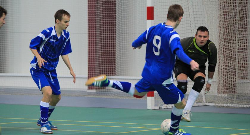 Piłka Nożna, kilka start sezonu futsalowego gminie Obrowo - zdjęcie, fotografia